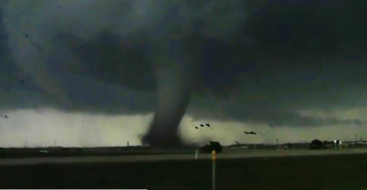 (Watch) More Incredible Footage from Monday's EF-5 Tornado In Moore, Oklahoma