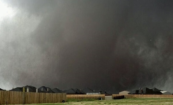 Update: Death Toll in Moore, Oklahoma Climbs To 24 Dead; Fourth Consecutive Day of Tornado Outbreak Expected Later Today
