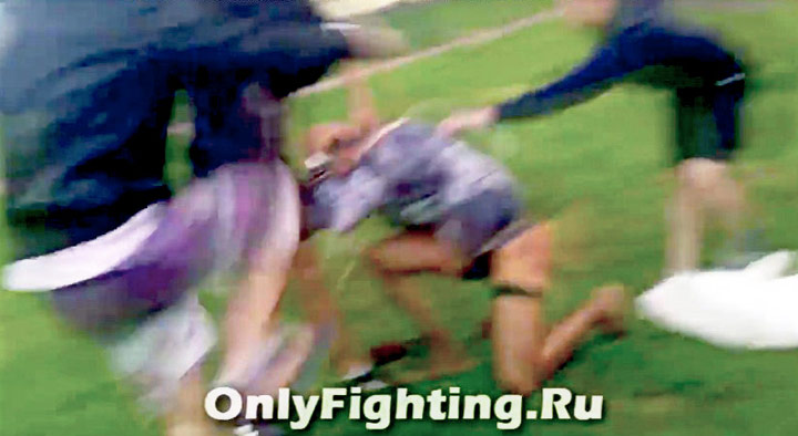 Transgender Woman Brutally Attacked By 5 Russian Neo Nazi Men (Video)