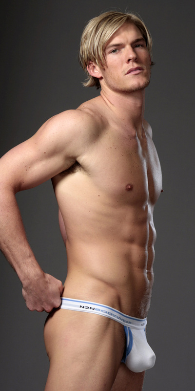 Alan Ritchson picture 2721-anteprima-400x800-878436