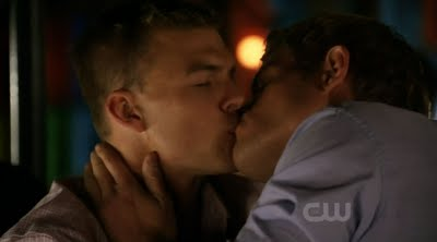 Male Sight of Alan Ritchson Kisses Trevor Donovan on 90210 3