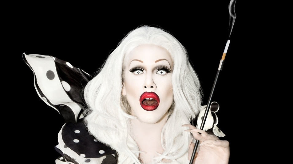 Vine: RuPaul's Drag Race's Sharon Needles Rolls A Joint Using Paper From A Bible; Leviticus To Be Exact
