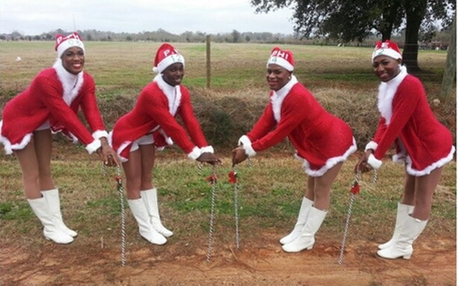 "All-Male Fierce Cheerleading Team ""The Prancing Elites"" Cause ""Outrage"" In Alabama Christmas Parade"