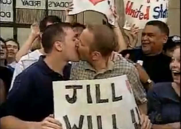 "Do You Remember The First Gay Kiss On Daytime TV During The ""Today Show"""