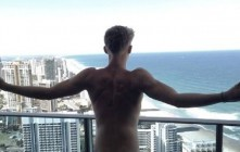 Singer Cody Simpson Posts Nude Photo On Instagram Then Deletes It, Check It Out