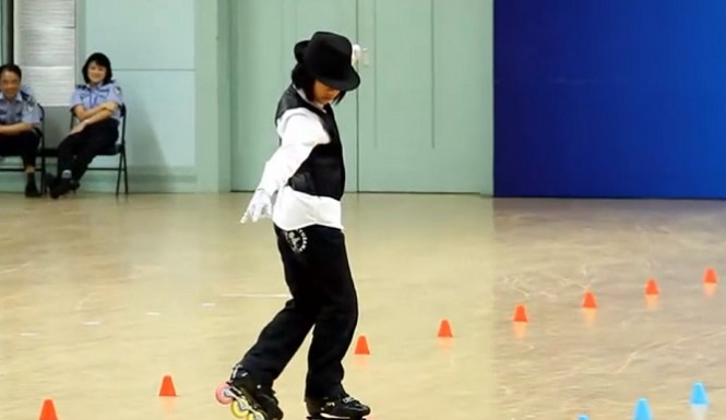 Adorable Chinese Girl Roller Skating To Michael Jackson's 'Beat It' Will Make Your Day Fabulous