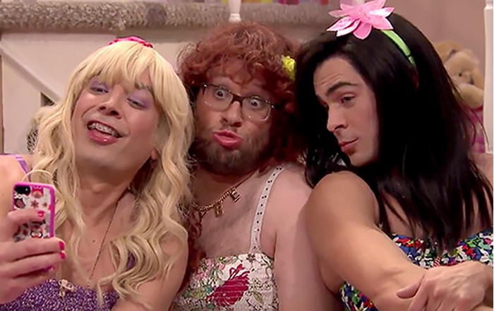 Watch Zac Efron & Seth Rogen Dress in Full Drag on 'Tonight Show' With Jimmy Fallon