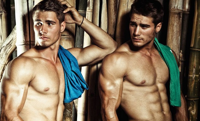 South African Farmer Twins Turned Into Hot Runway Models