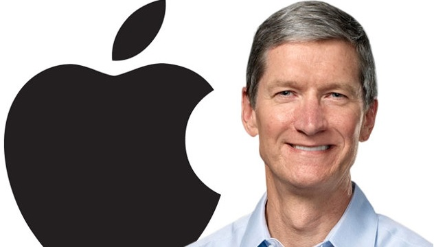 Apple CEO Tim Cook Comes Out As Gay In Powerful Essay