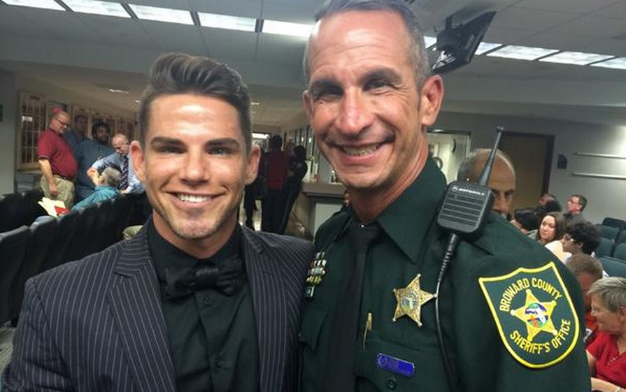 Florida: Broward County Cop Marries His Partner In Courthouse Wedding